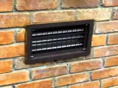 brick mounted self closing crawl space vent